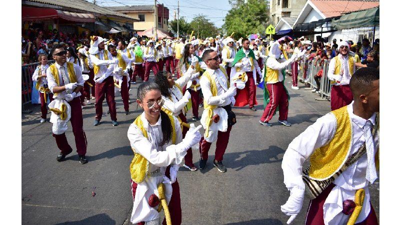 'Las Marimondas de la CUC', mejor comparsa del Carnaval de la 44