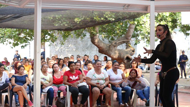 Conmemoración distrital del mes de la mujer llegó al Centro de Rehabilitación Femenino el Buen Pastor