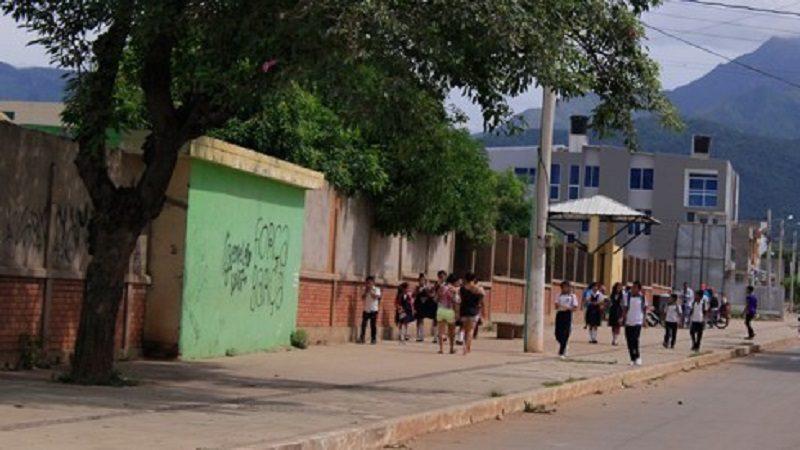 Denuncian a maestra que habría dado duro castigo a niña de 6 años en Valledupar