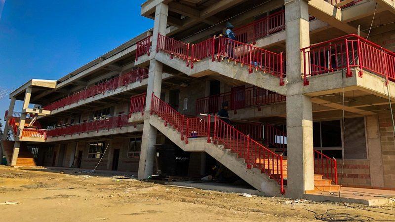En 95% avanzan obras de ampliación del colegio Técnico Comercial de Santo Tomás