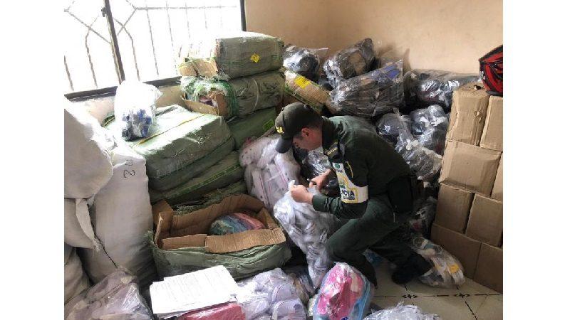 En el barrio Olaya allanan casa que funcionaba como bodega para redes del contrabando
