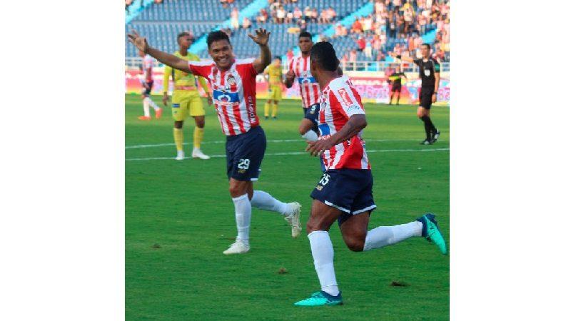 Junior derrotó 3-1 al Atlético Huila y es el nuevo líder de la Liga