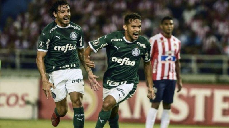 Palmeiras ganó 2-0 a Junior, en Copa Libertadores