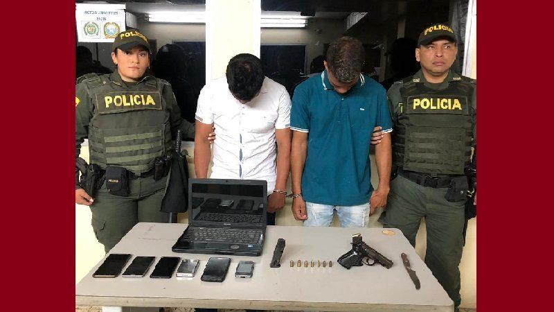 Patrullera de la Policía frustra robo a vivienda en el barrio Los Robles de Soledad