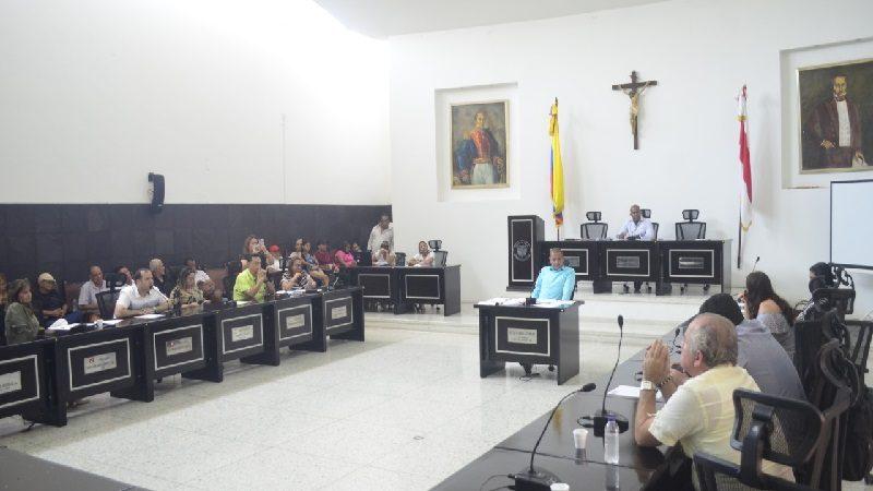A control disciplinario Secretarios de la Gobernación que no asistan a debates en la Asamblea