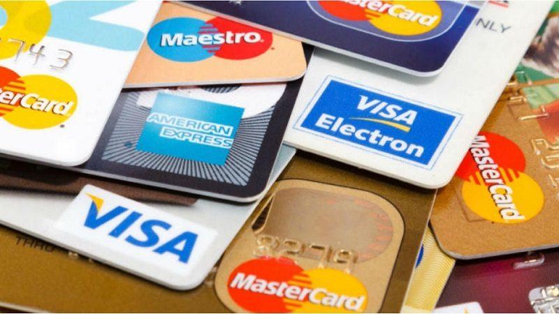 Avanza Proyecto que eliminaría cuotas de manejo de tarjetas de crédito