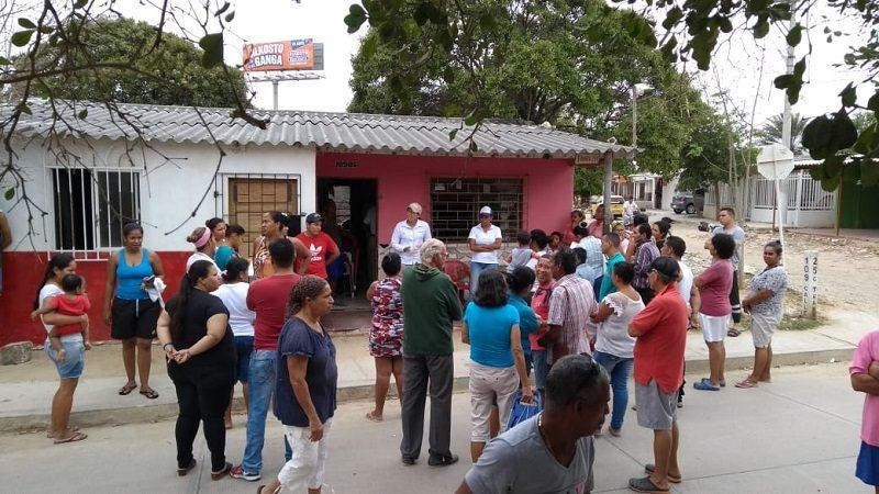 Denuncian atraco a funcionarios de Electricaribe en el barrio Los Olivos