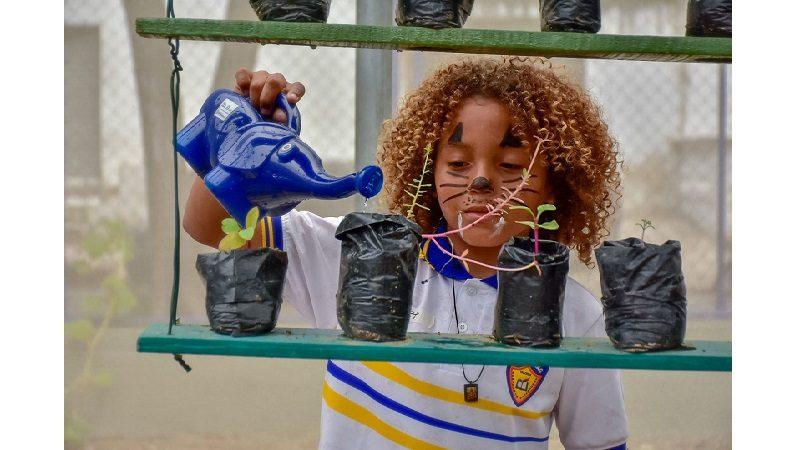 En abrazo con la naturaleza, niños celebraron día de la Tierra en Barranquilla