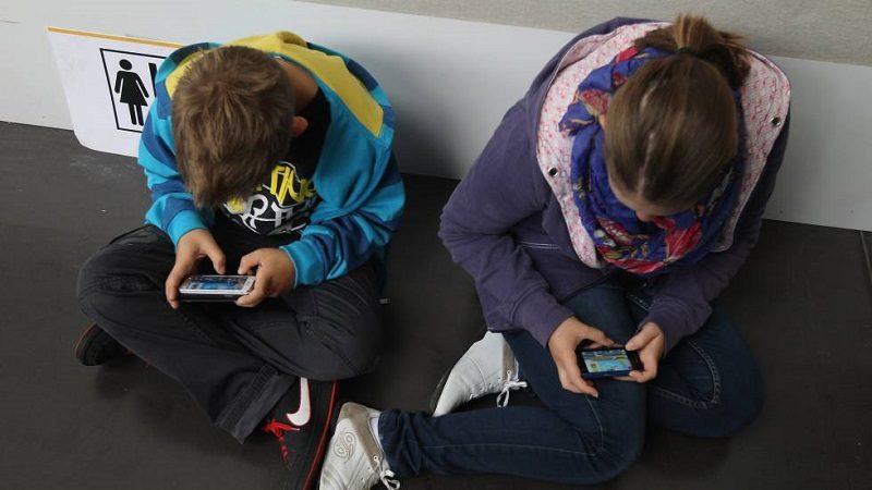 En la región Caribe los padres sienten la necesidad de supervisar las actividades de sus hijos en internet