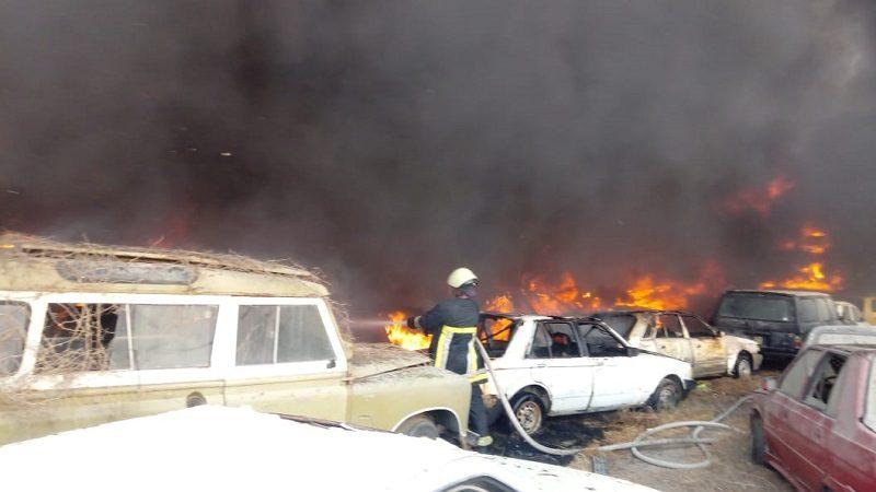 Incendio arrasó con decenas de vehículos en un parqueadero de Soledad