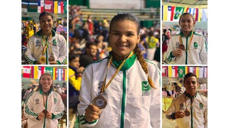 Karatecas del Team Barranquilla arrasan en Sudamericano de Bolivia