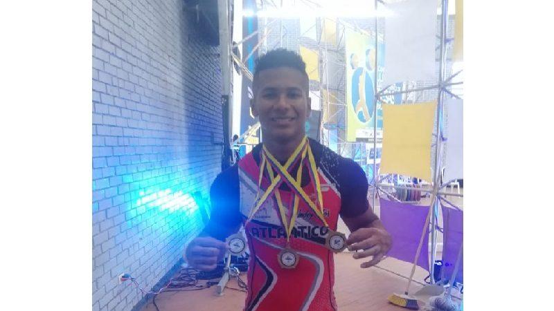 Pesista del Team Barranquilla se colgó tres oros en Campeonato Nacional Juvenil
