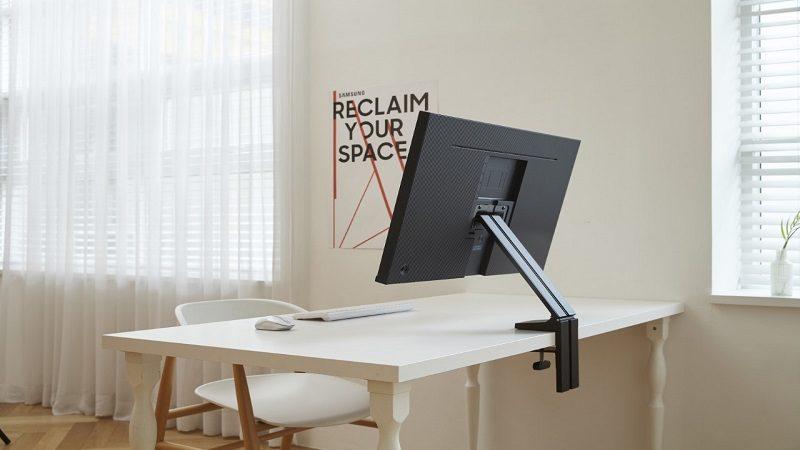 Space Monitor diseñado para espacios de trabajo modernos y juegos de próxima generación