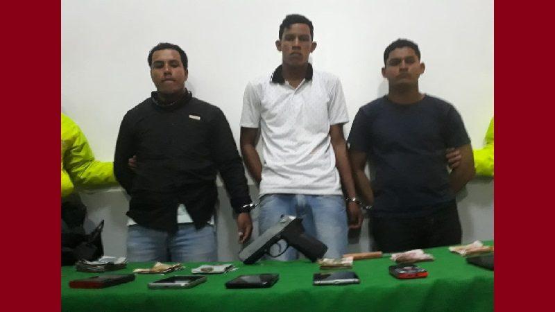 Tres venezolanos atracaron en bodega cerca a la Sijín de Barranquilla y los capturó la Policía