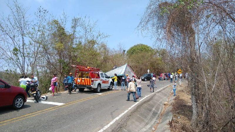 Un muerto y dos heridos deja accidente de tránsito en la vía a Tubará