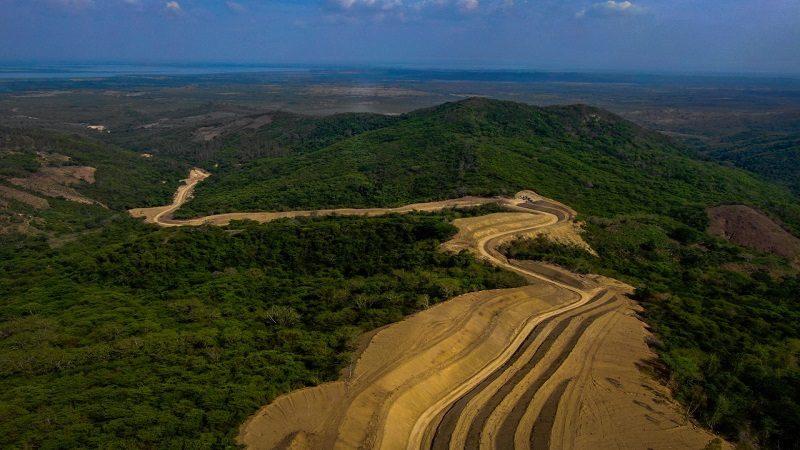 Avanza construcción de 13 kilómetros nuevos de carretera entre Las Tablas y Repelón