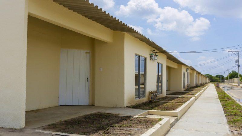Entregan casa propia a 360 familias de Manatí y Ponedera