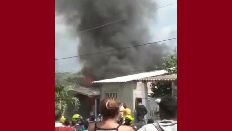 Incendian casa de presunto asesino de María José, en el barrio Sourdís