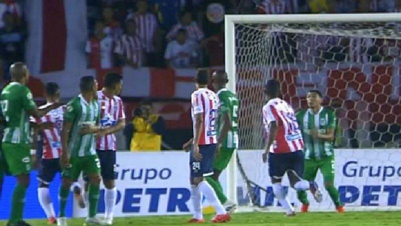 Junior no pudo con la defensa del Nacional, empataron 0-0 en el Metropolitano