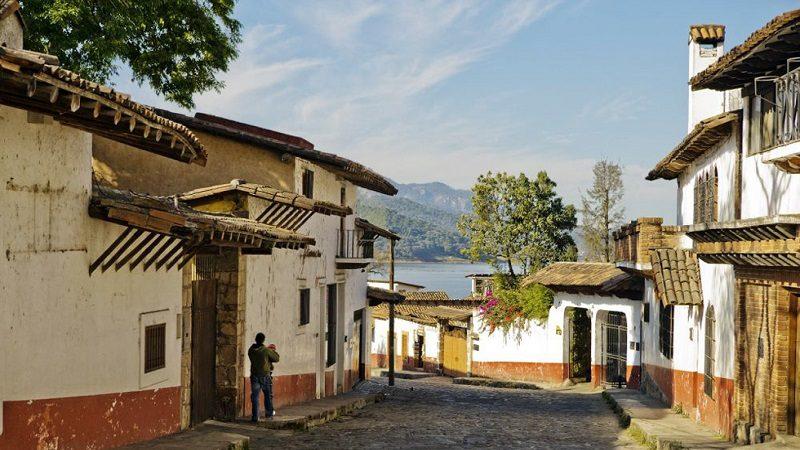 Calle de Valle de Bravo