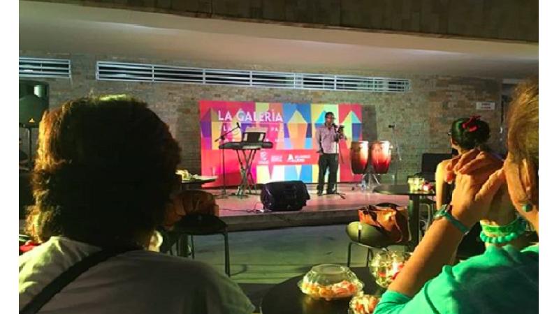 Noche bohemia para mamás en La Galería Plaza de la Paz, hoy sábado 11 de mayo