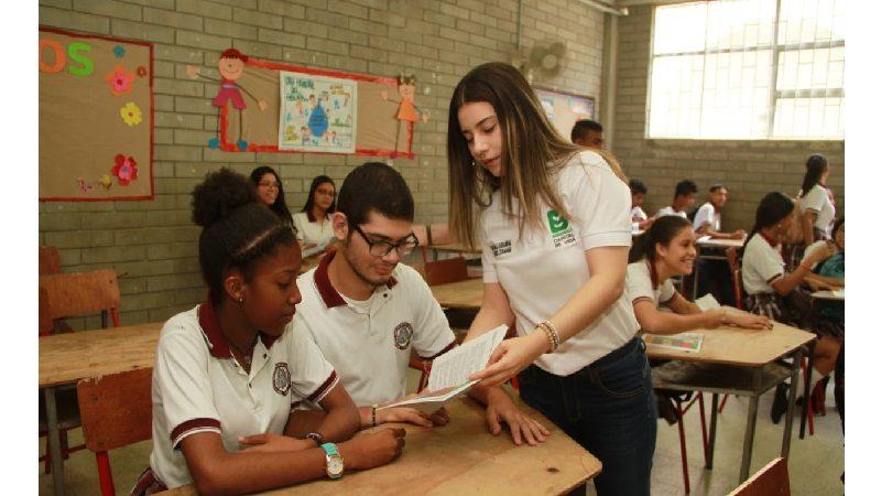 Programa Entornos Escolares Seguros llegó al colegio Salvador Entregas y al barrio Pumarejo