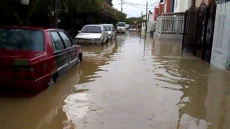 se desbordó arroyo El Salo en Barranquilla
