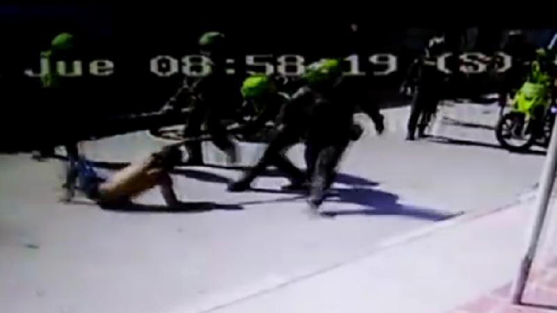 Vídeo: Seis heridos tras fuertes enfrentamientos entre comunidad y Policía, en el barrio Santa María