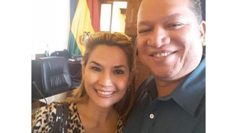 Futura presidenta (e) de Bolivia está casada con político colombiano