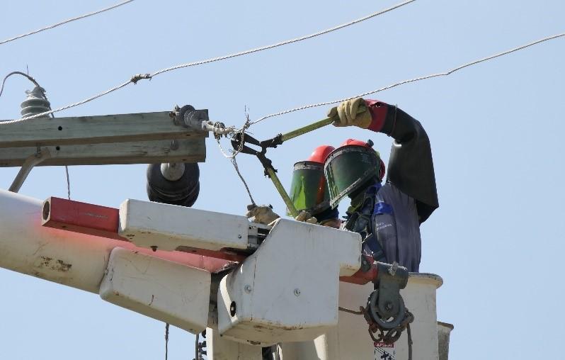 La imagen tiene un atributo ALT vacío; su nombre de archivo es Allanan-finca-agroindustrial-del-Magdalena-por-conexiones-ilegales-al-servicio-de-energía-1.jpg
