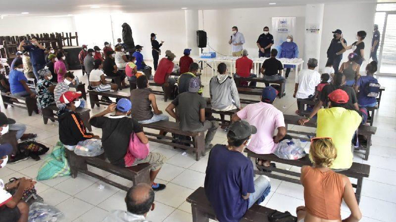 Aplican pruebas de Covid-19 a habitantes de calle en Barranquilla