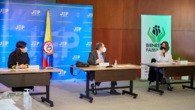 """""""Niños víctimas de las Farc confirman que sí hubo política sistemática para reclutarlos"""": directora del Icbf"""
